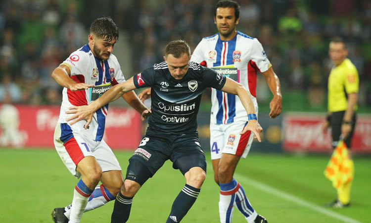 Melbourne Victory: 2 - Newcastle Jets: 1