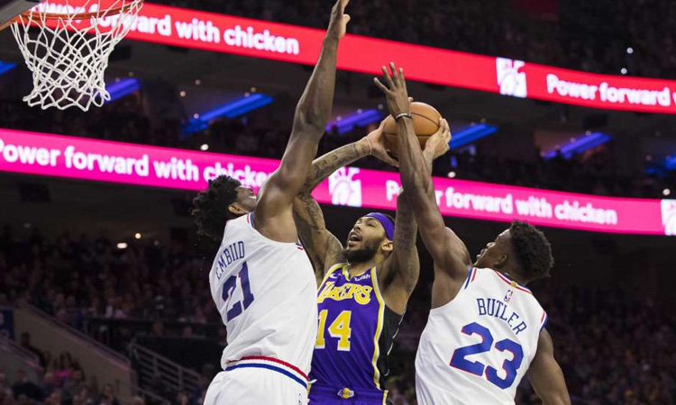 Philadelphia:143 Los Angeles Lakers: 120
