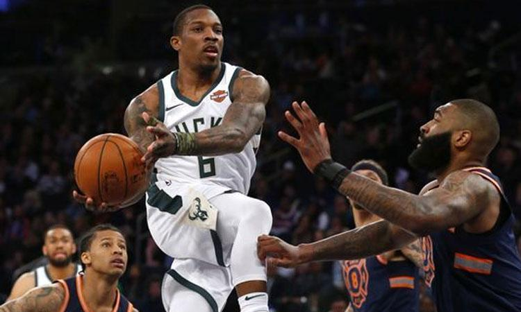 Newyork Knicks: 102 - Milwaukee Bucks: 115